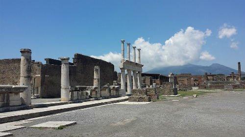 visit the ruins
