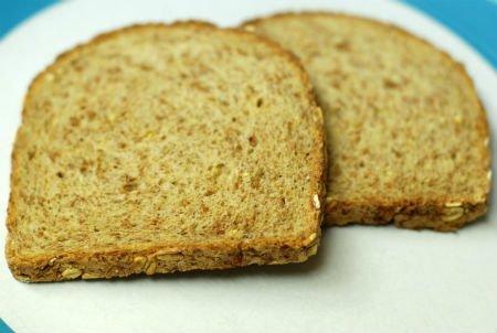 Gluten-free bread with quinoa flour