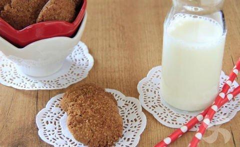 gluten-free quinoa biscuits